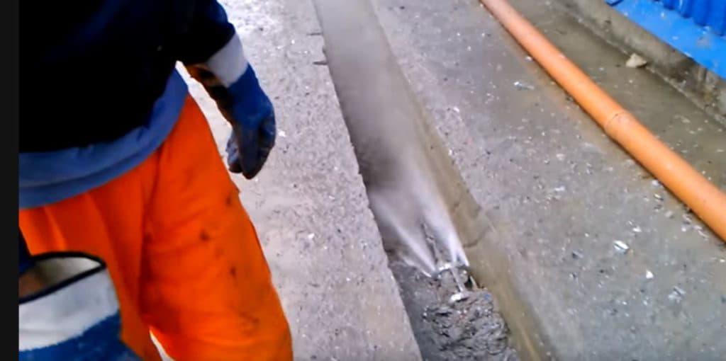 Ключевые достоинства гидродинамического метода чистки труб